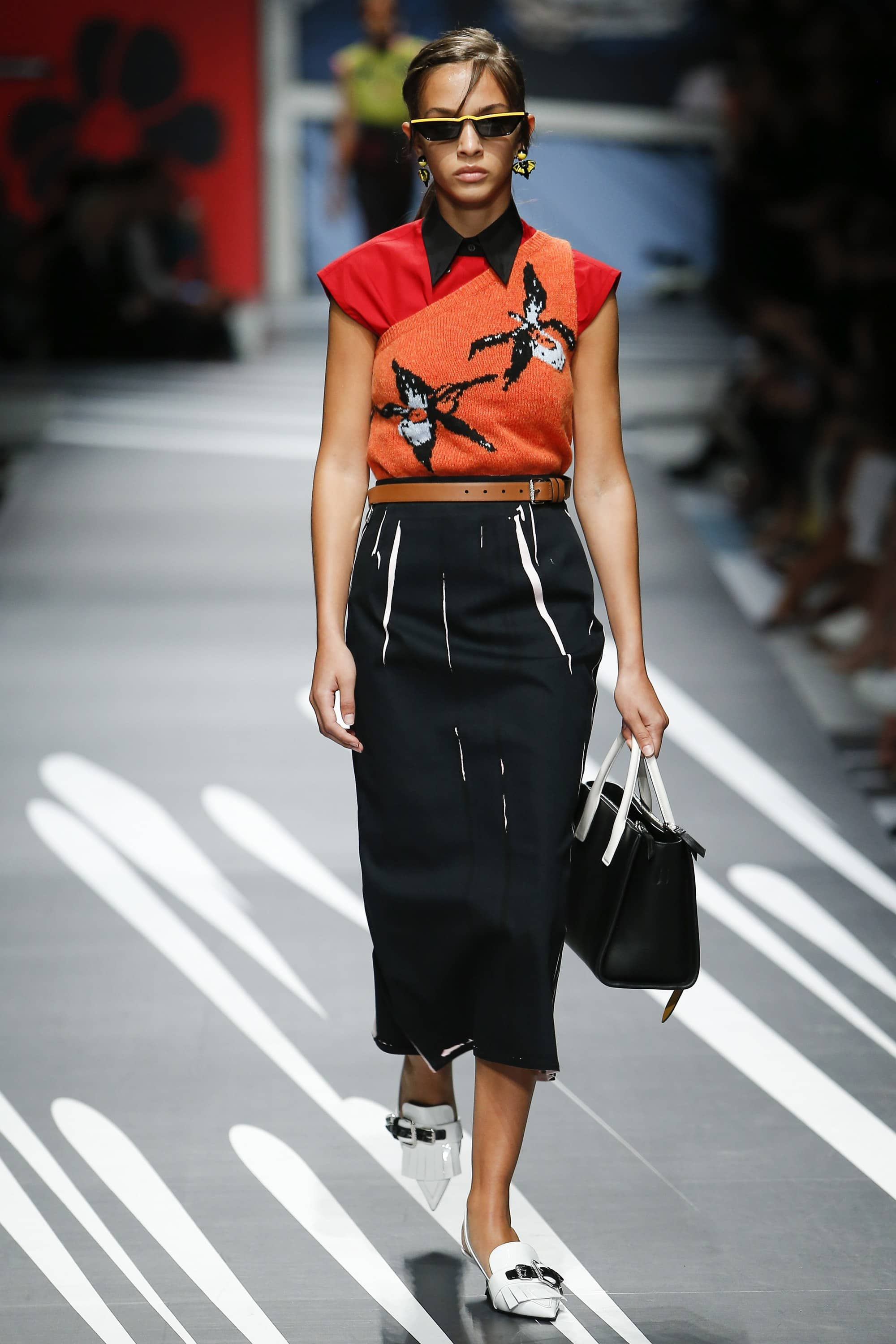 Outfit, Fashion, Fashion Show, Catwalk, Model, Model Life, Runway, Dress, Look, OOTD, Fashion Week, Trend Report, Trends, Trendy, SS18, Spring Summer 2018, NYFW, New York, New York Fashion Week, Runway Walk, Prada, Pencil Skir