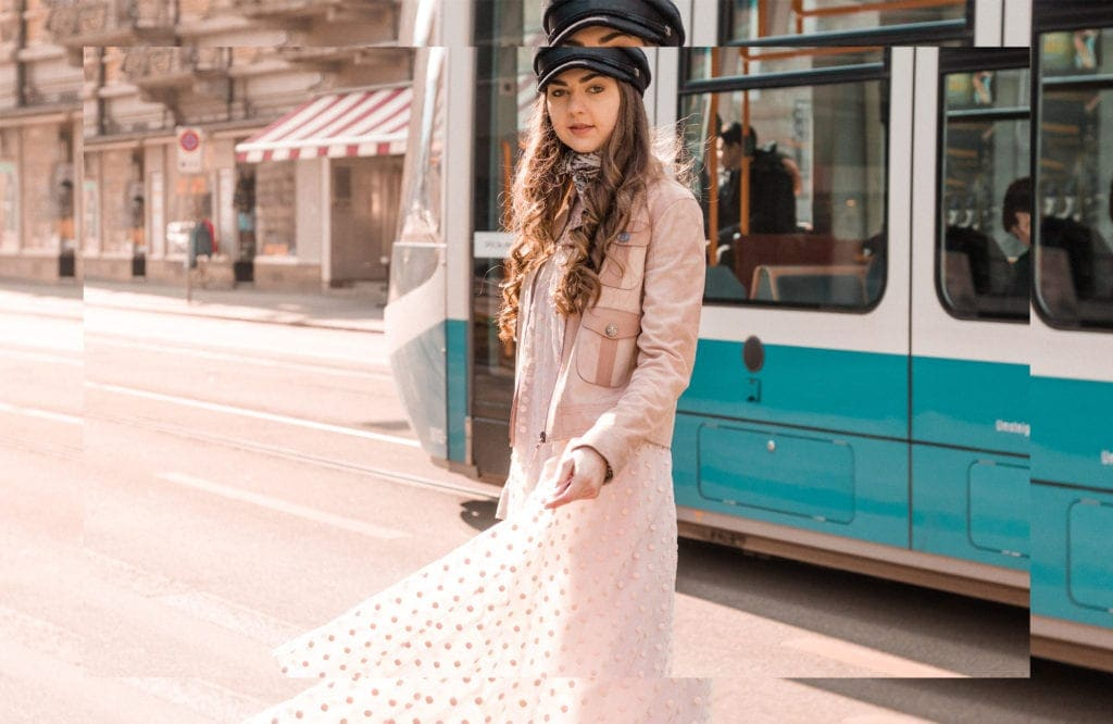 Longchamp, SS18, Spring Summer 2018, Tulle, Pink, Tulle Dress, Maxi Dress, Polka Dots, Layers, Fashion, Fashionblog, Fashion Magazine, Editorial, Style, Style Guide, Style Inspiration, Streetwear, Street Style, Swiss, Switzerland, Outift, OOTD, Outfit Inspiration, Inspo, Girly, Edgy, Stylish, Trends, Trend, Trendsetter, Carmitive, Carmen Jenny